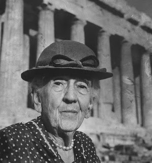 """All things are at odds when God lets a thinker loose on this planet"": Edith Hamilton and sexism in education, succeeding as a woman, and exploring like the Greeks"